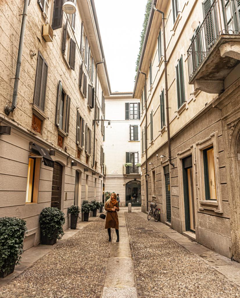 streets of milan italy, milano brera design district
