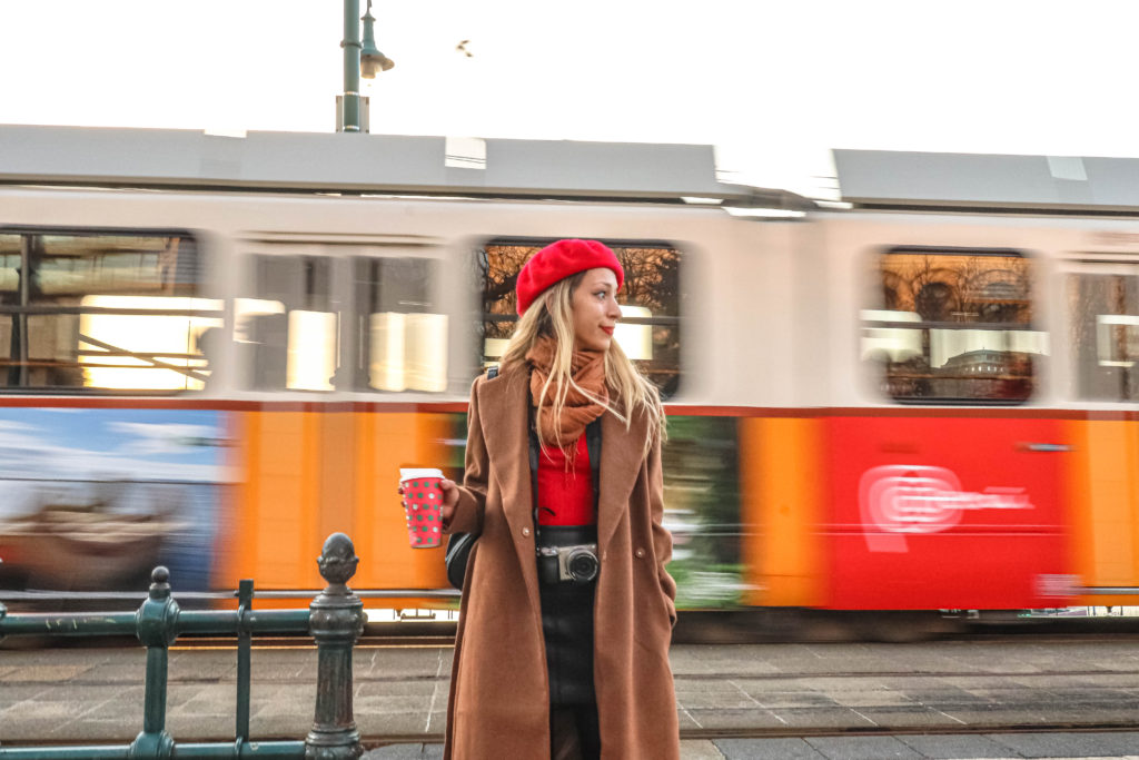 traveling to budapest - girls travel in europe budapest hungary