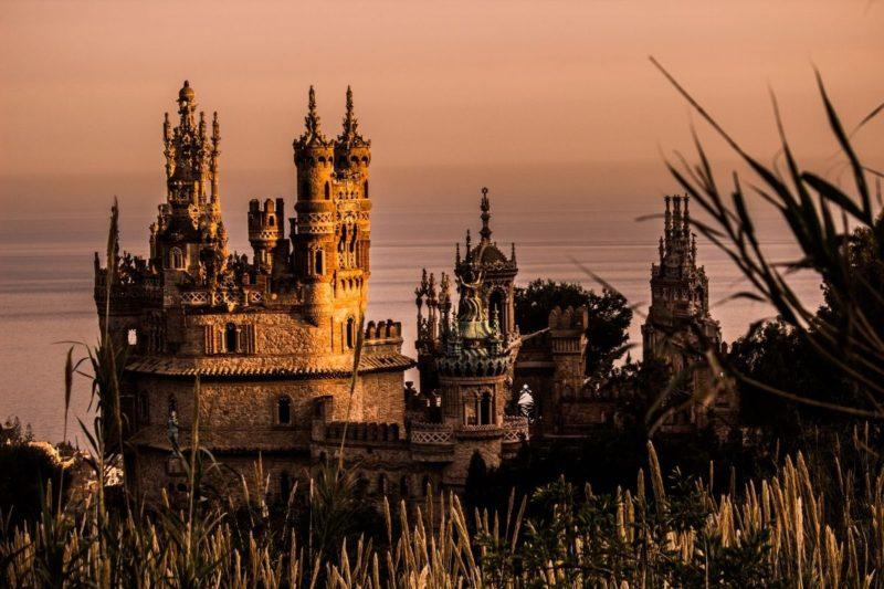 A hidden fairytale castle in Andalusia – Castillo de Colomares