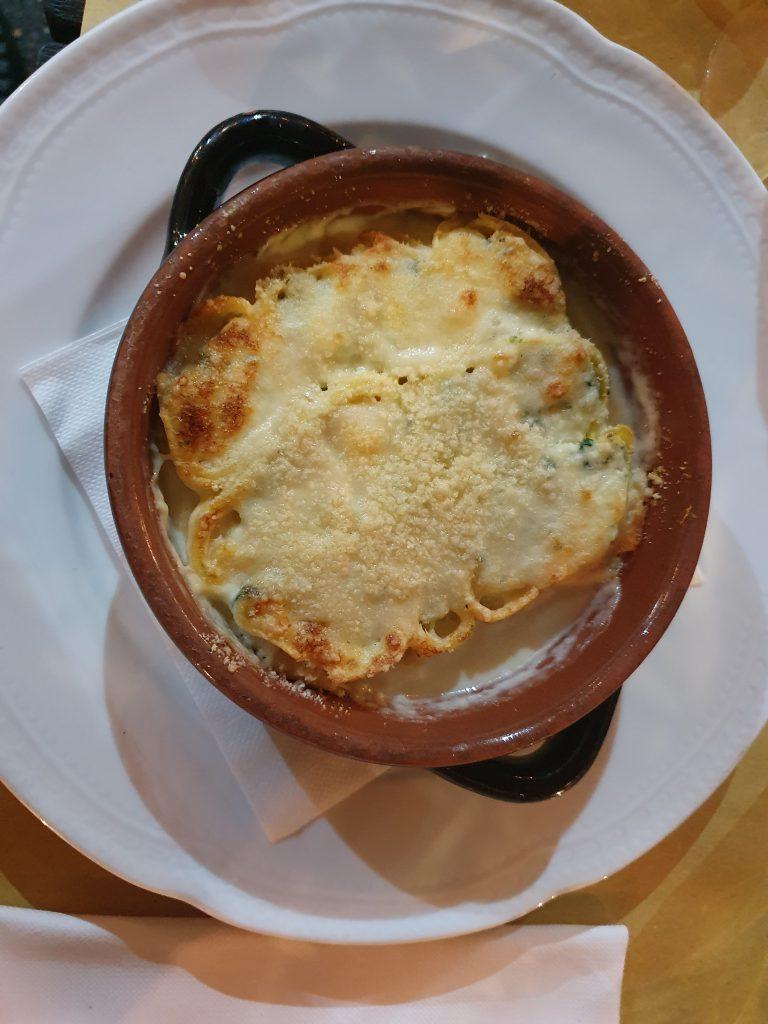 fanzerotti al forno italy food