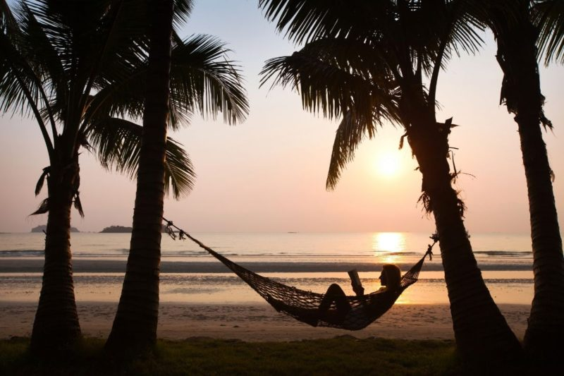 Tips to get ready for your vacation and save time